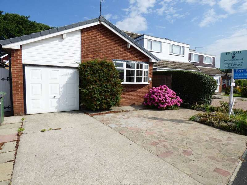 3 Bedrooms Detached Bungalow for sale in Forest Drive, South Park, Lytham