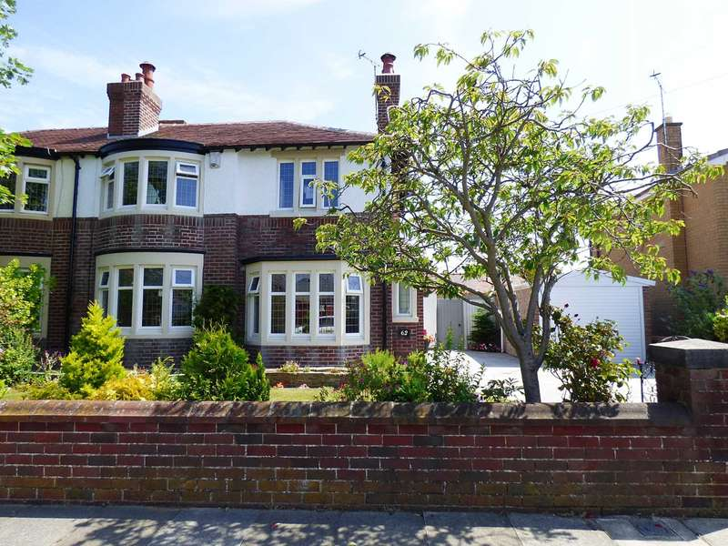 3 Bedrooms Semi Detached House for sale in Dorset Road, St Annes