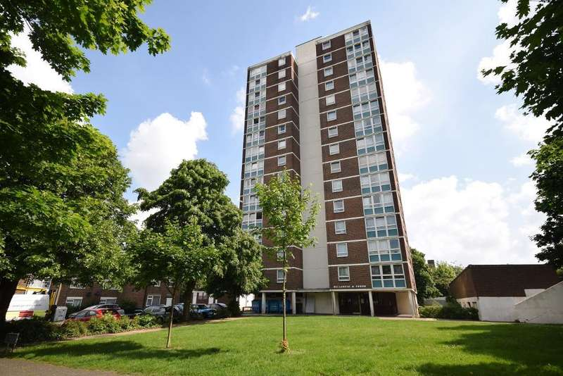 1 Bedroom Flat for sale in Willowfield, Harlow, Essex, CM18 6SD