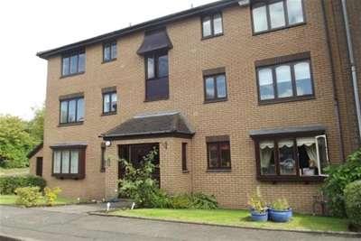2 Bedrooms Flat for rent in Burnfield Gardens, GIFFNOCK