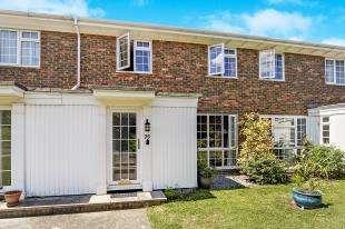 3 Bedrooms Terraced House for sale in Ridge Langley, Sanderstead, South Croydon, .