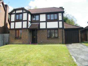 4 Bedrooms Detached House for sale in Britts Farm Road, Buxted, Uckfield, East Sussex