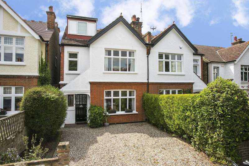 4 Bedrooms Semi Detached House for sale in Deanhill Road, East Sheen, SW14