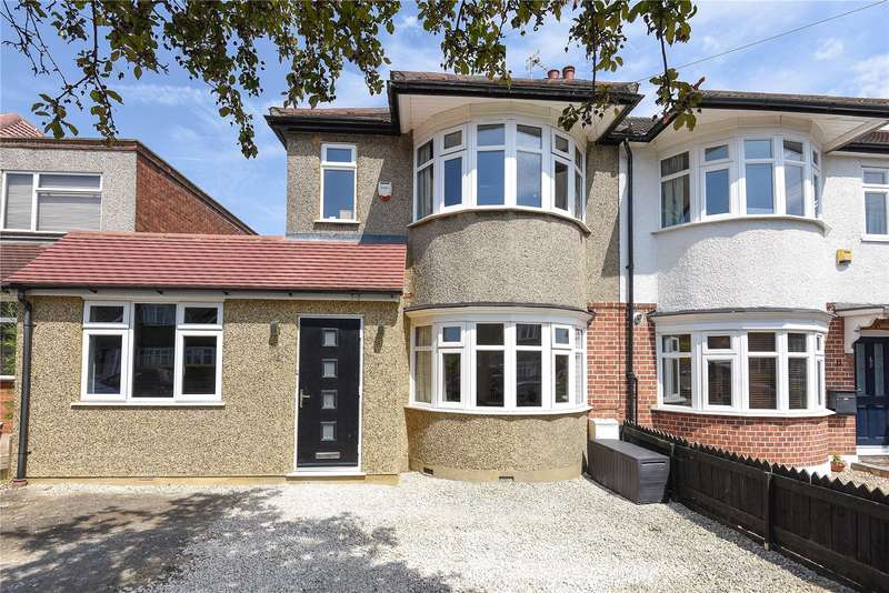 3 Bedrooms End Of Terrace House for sale in Salcombe Way, Ruislip, Middlesex, HA4