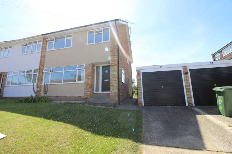 3 Bedrooms Semi Detached House for sale in Hawkes Road, Coggeshall