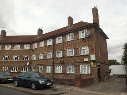 1 Bedroom Flat for sale in Dagenham