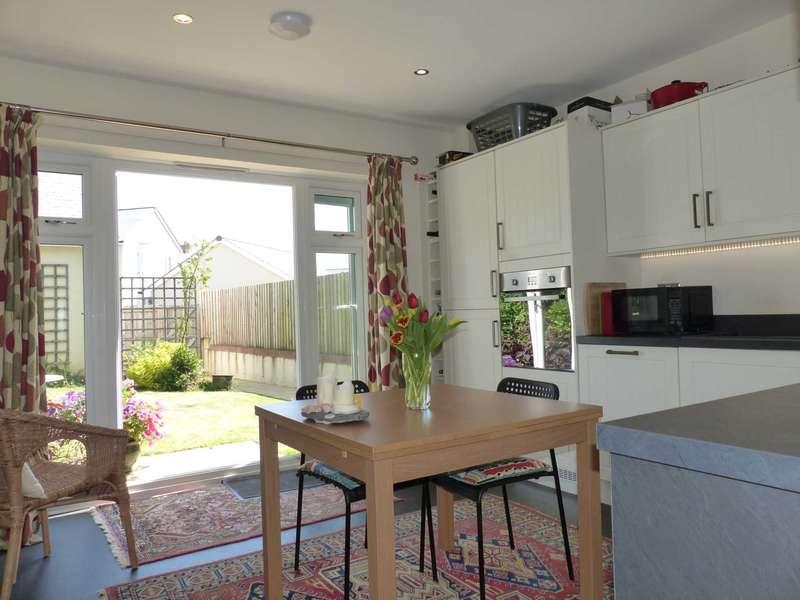3 Bedrooms Semi Detached House for sale in Harveys Walk, Kingsbridge