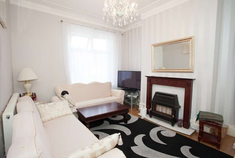 6 Bedrooms Terraced House for sale in Toller Lane, Bradford, West Yorkshire, BD9