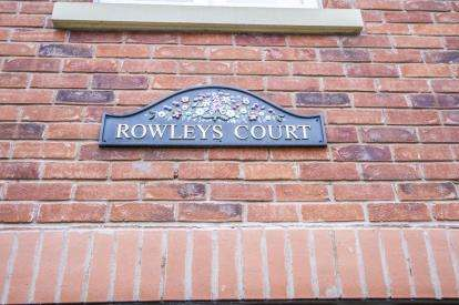 2 Bedrooms Retirement Property for sale in Rowleys Court, Sandhurst Street, Oadby, Leicester
