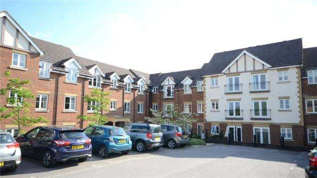 1 Bedroom Retirement Property for sale in Calcot Priory, Bath Road, Reading