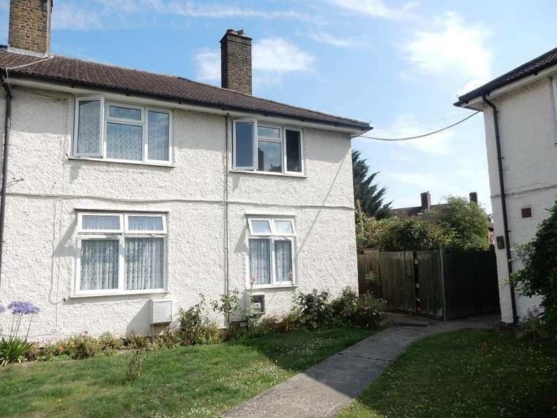 1 Bedroom Maisonette Flat for sale in Rugby Gardens, Dagenham, Essex, RM9 4BA