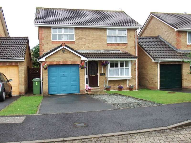 4 Bedrooms Detached House for sale in Alder Glade, Roundswell, Barnstaple