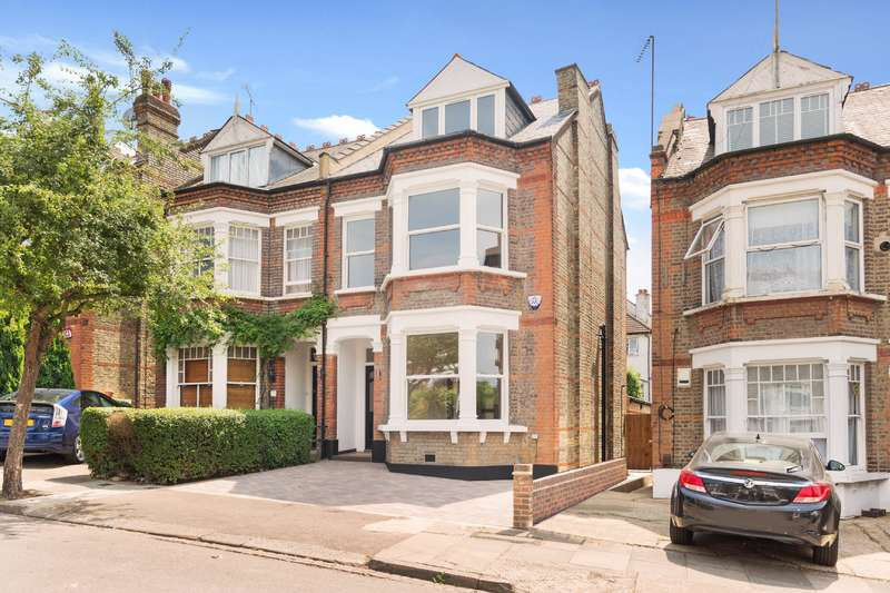 5 Bedrooms House for sale in Mountfield Road, Finchley