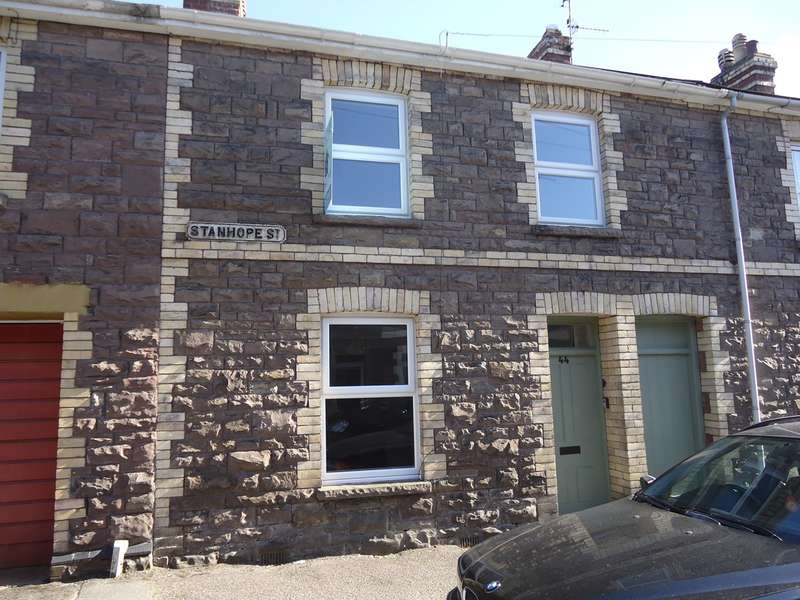 2 Bedrooms Terraced House for sale in Stanhope Street, Abergavenny, NP7