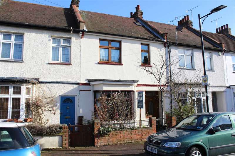 4 Bedrooms Terraced House for sale in Leigh on Sea