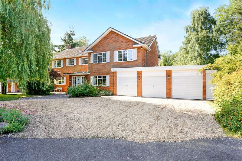 5 Bedrooms Detached House for sale in Whichert Close, Knotty Green, Beaconsfield, Buckinghamshire, HP9