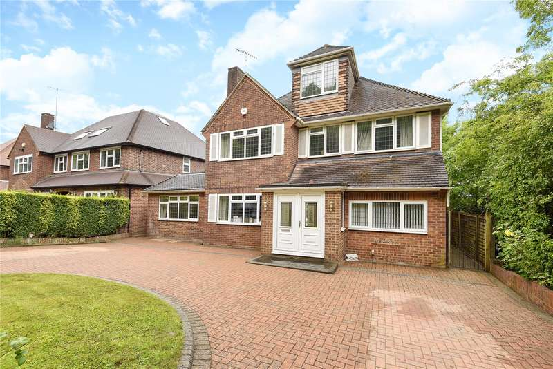 5 Bedrooms Detached House for sale in Westbury Road, Northwood, Middlesex, HA6