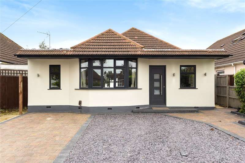 3 Bedrooms Detached Bungalow for sale in Beaulieu Drive, Pinner, Middlesex, HA5