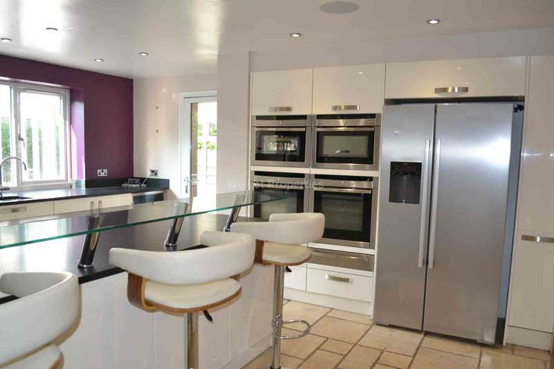 4 Bedrooms House for rent in Quayside Close, Worsley
