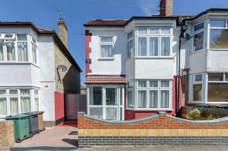 4 Bedrooms Semi Detached House for sale in Pentire Road, Walthamstow, E17