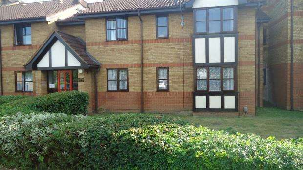 1 Bedroom Apartment Flat for sale in Redwood Grove, Bedford