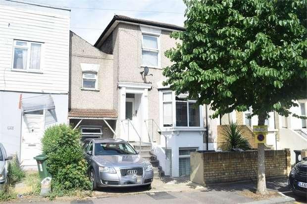 1 Bedroom Flat for sale in Grange Park Road, London