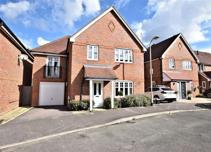 4 Bedrooms Detached House for rent in Skylark Way, Shinfield, Reading, RG2