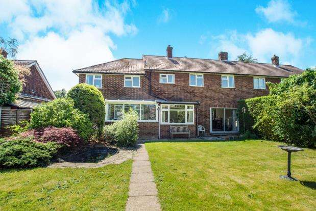 5 Bedrooms Semi Detached House for sale in West Molesey, Surrey