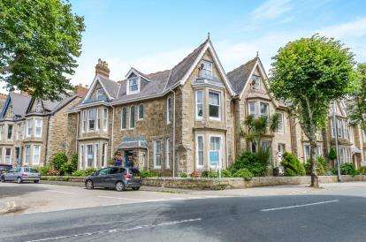 7 Bedrooms End Of Terrace House for sale in Penzance, Cornwall