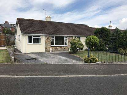 4 Bedrooms Bungalow for sale in Millbrook, Torpoint, Cornwall