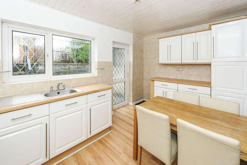 2 Bedrooms Terraced House for sale in Grove Street, Maesteg