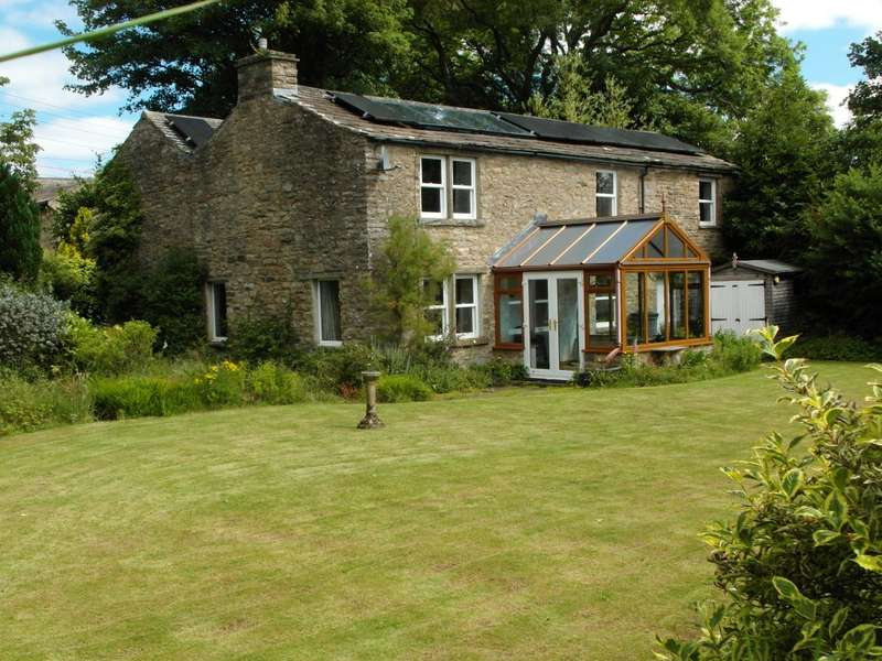 3 Bedrooms Detached House for sale in Dog Kennel Cottage, Askrigg, Leyburn, DL8 3HZ