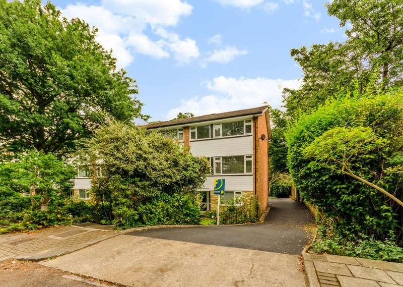 4 Bedrooms House for sale in Thornton Dene, Beckenham, BR3