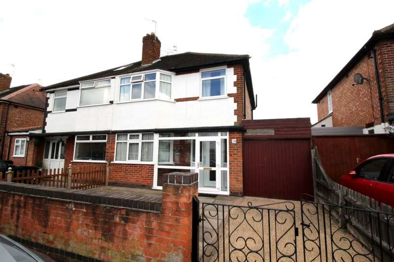 3 Bedrooms Semi Detached House for sale in Roehampton Drive, Wigston, LE18