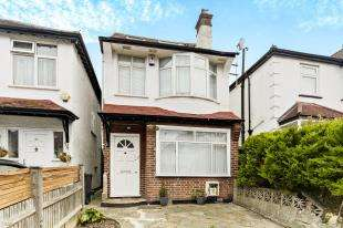 4 Bedrooms Detached House for sale in Norbury Avenue, Thornton Heath