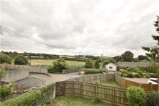 4 Bedrooms Detached House for sale in Castle Road, Oldland Common, BS30 9SZ