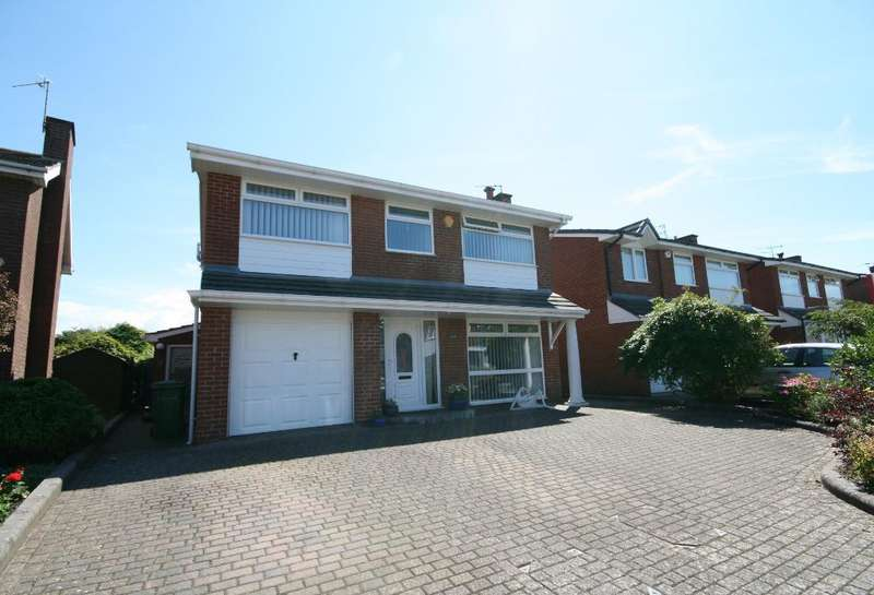 4 Bedrooms Detached House for sale in Harbury Avenue, Ainsdale, Southport, PR8 2TA