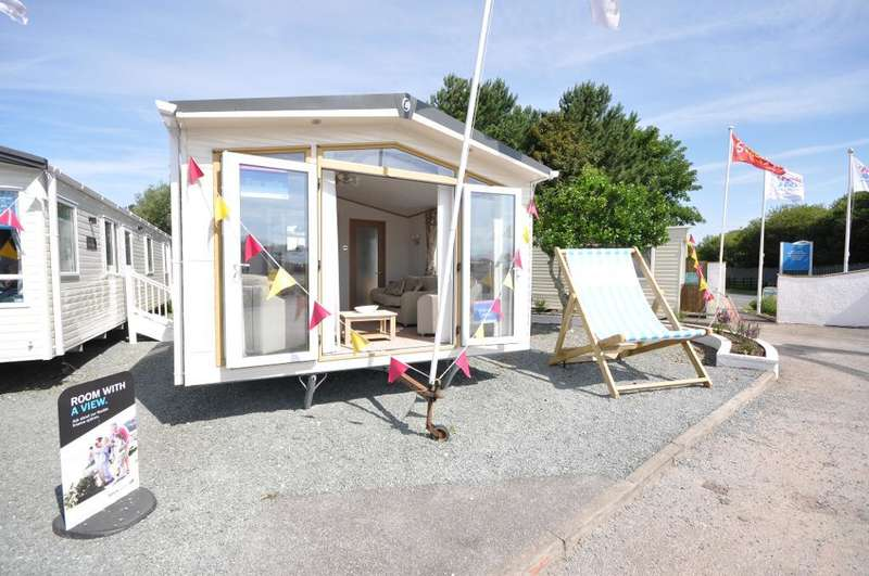 2 Bedrooms Park Home Mobile Home for sale in Ocean Edge Holiday Park, Moneyclose Lane, Heysham, Morecambe, Lancashire, LA3 2XA