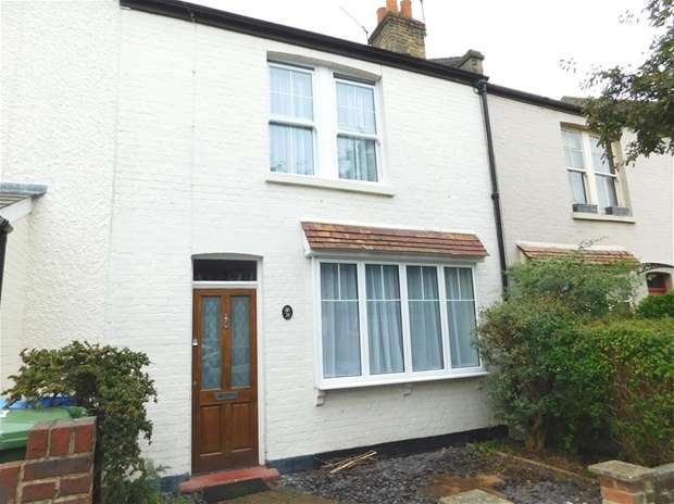 2 Bedrooms Terraced House for sale in Kings Road, Long Ditton, Surbiton