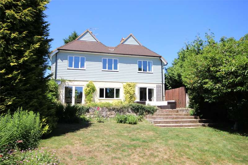 5 Bedrooms Detached House for sale in Kings Road, Alton, Hampshire, GU34