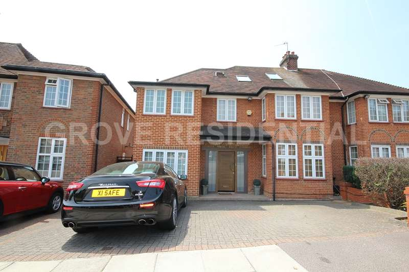 5 Bedrooms Semi Detached House for sale in Fairview Way, Edgware