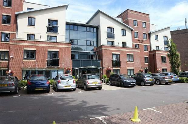 1 Bedroom Flat for sale in 4 Poole Road, Bournemouth, Dorset