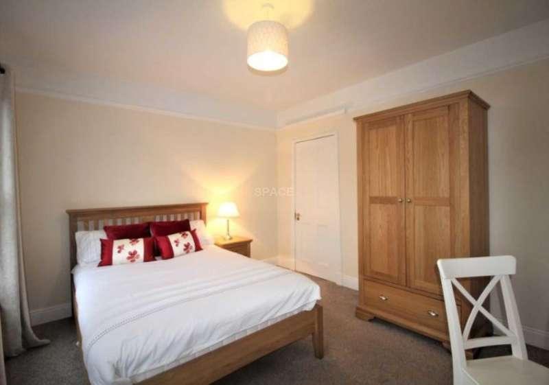 4 Bedrooms Terraced House for rent in Norfolk Road, Reading, Berkshire, RG30 2EE