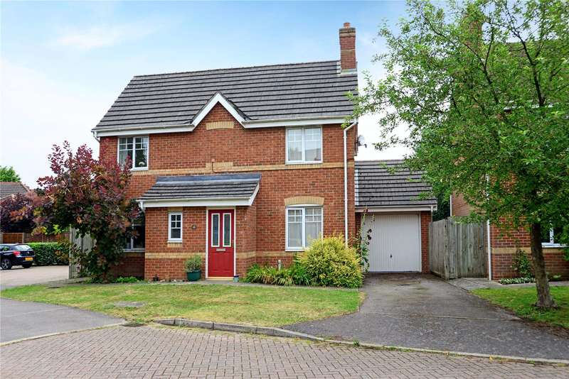 3 Bedrooms Detached House for sale in Ottawa Drive, Liphook, Hampshire, GU30
