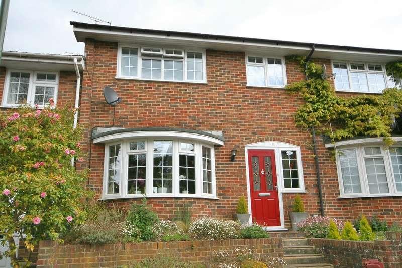 3 Bedrooms Terraced House for sale in Billingshurst