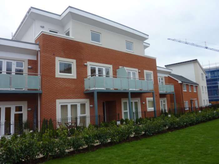 1 Bedroom Flat for sale in Palmerstone House, Kennet Island