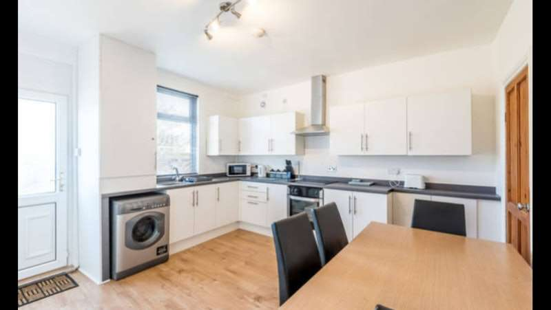 5 Bedrooms Terraced House for sale in Princess Street, Barnsley, South Yorkshire, S70