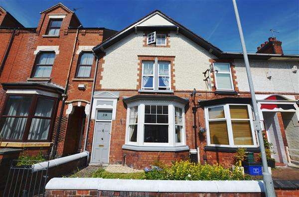 5 Bedrooms Property for sale in Albert Terrace, Wolstanton, Newcastle-under-Lyme