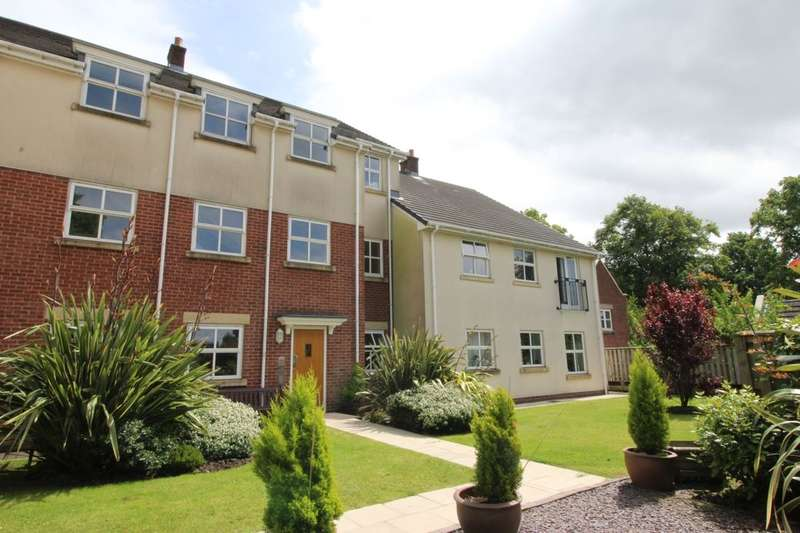 1 Bedroom Flat for sale in Clarendon Gardens, Bromley Cross, Bolton, BL7