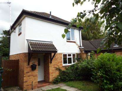 2 Bedrooms Semi Detached House for sale in Mallory Walk, Dodleston, Chester, Cheshire, CH4